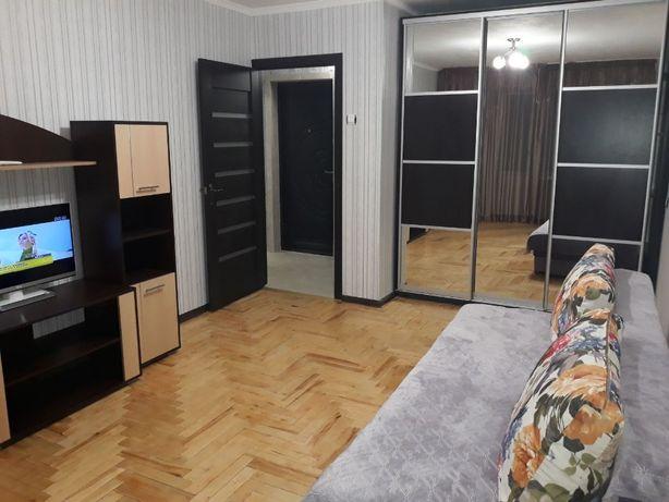 Сдаю 1 комнатную квартиру ЮТЗ Васляева с Хорошим ремонтом!