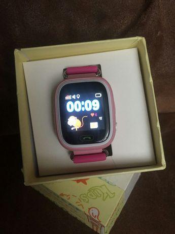Детские умные часы Q90. Смарт часы.