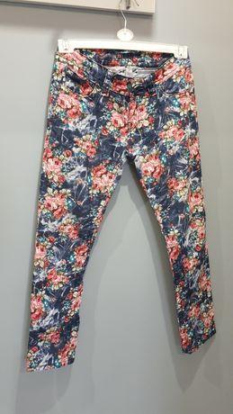 Spodnie typy jeans rozmiar 38