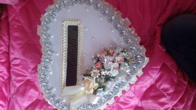 Продам весільну коробку