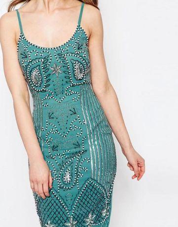 Шикарное вышитое пайетками и бусинами нарядное платье