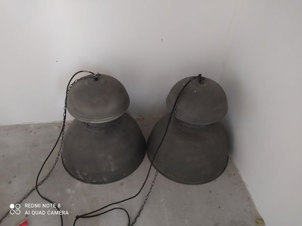 Duże lampy ozdobne