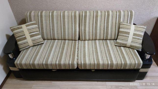 Продам диван для спальни или гостинной