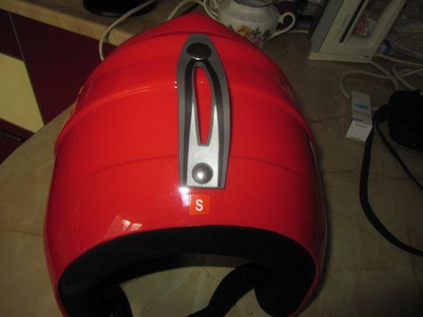Спортивный шлем Bone размер  57 см