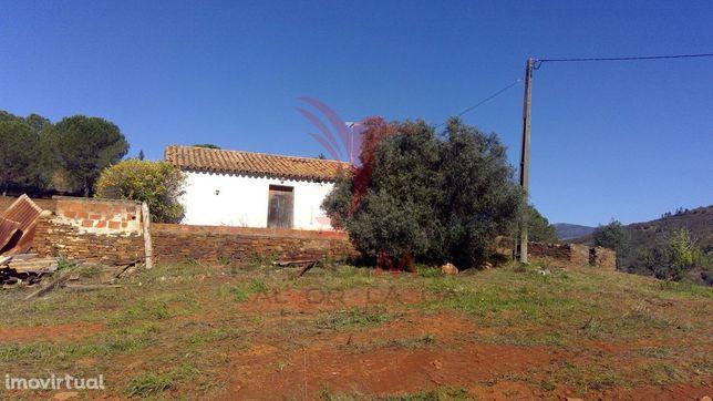 Terreno Misto, com muito potencial para Turismo Rural