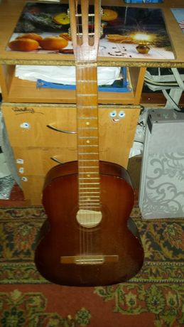 Гитара шерсти струна