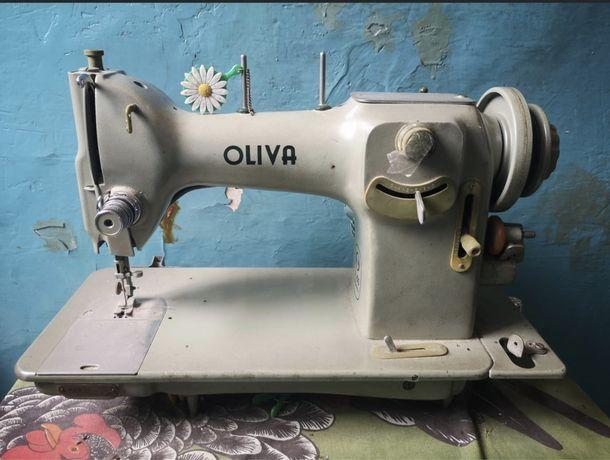 Maquina costura Oliva CL 50 com motor
