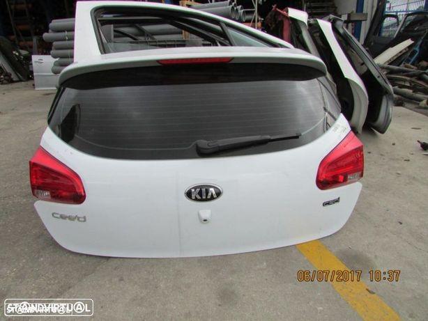 Porta da mala Kia Ceed do ano 2012
