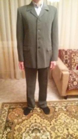 Продам мужской костюм размер 50