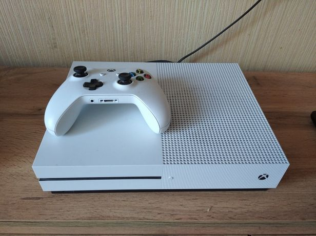 Xbox one s 1tb ( игровая консоль )
