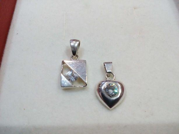 Wisiorki, srebro, cyrkonie, serce.