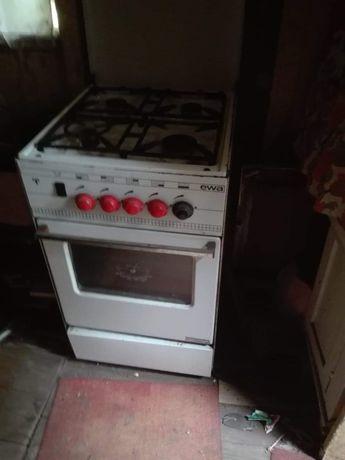 Kuchenka 4-palnikowa gazowa z piekarnikiem