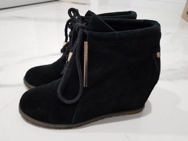 Натуральные замшевые демисезонные ботинки