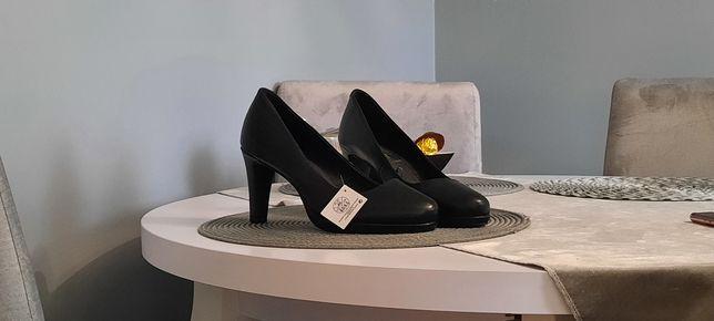 Nowe buty, r. 40 esmara, czarne, damskie, obcasy