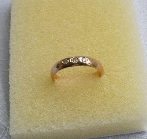pierścionek - obrączka z cyrkoniami