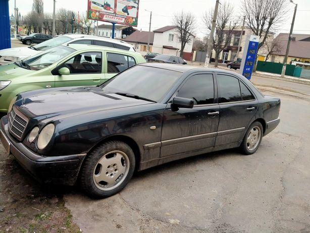 Продам Mercedes 210
