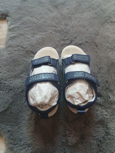 Skórzane sandały sandałki LUPILU, r. 24