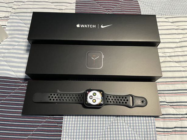 Apple Watch Nike Series 5 44mm