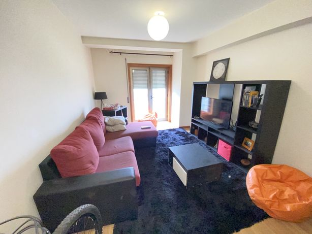 Sofa + tapete + mesa centro + movel tv