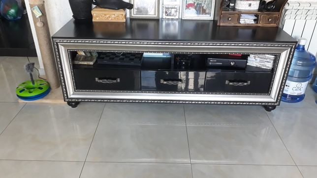 Распродажа мебели, мебель, тумба под телевизор, кресло компьютерное.