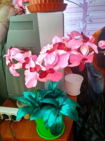 Орхидея из лент