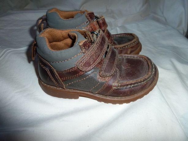 Кожаные ботинки Clarks , р. 8, наш 26, стелька 16,5 сделаны во Вьетна