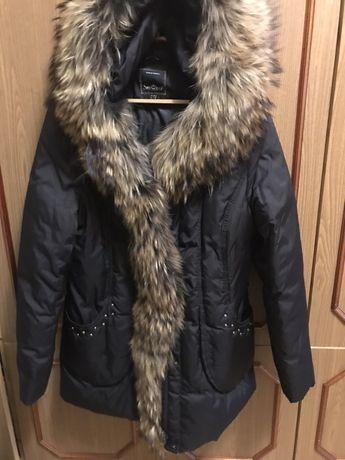 Куртка зимняя женская, мех при необходимости можно снять ,