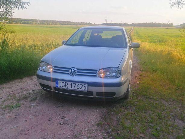 VW Golf IV 1,4 benzyna kliimatyzacja
