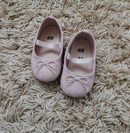 Buciki balerinki różowe h&m roz 18/19 dla dziewczynki z kokardka