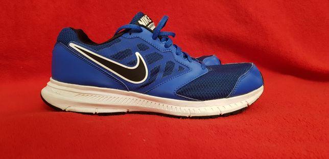 Buty sportowe Nike r. 42 Super stan !
