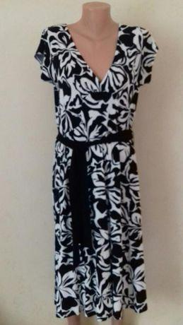 шикарное платье рр -50 -54