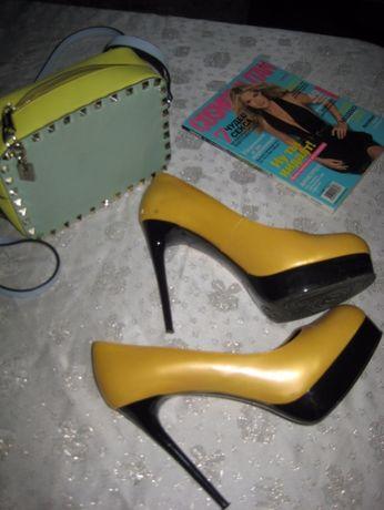Лаковые кожаные Жёлтые туфельки mascotte