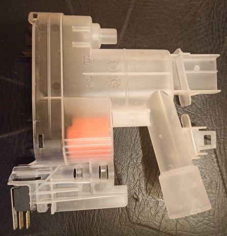 Hydrostat z obudową do zmywarki Bosch SRS55M52EU/01 (NE0-SF-CLMW-KW4)