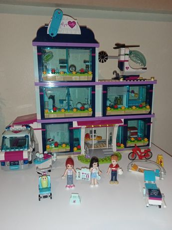 LEGO Friends 41318 Szpital w Heartlake.