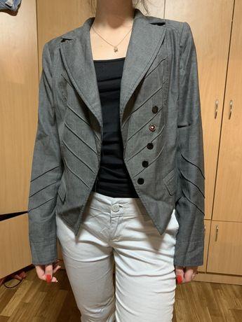 Школьный пиджак для девочки Nui Very