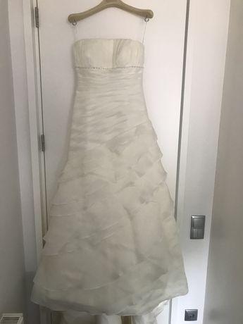 "Vestido de noiva ""Rosa Clará"" 36-38 + saiote. Promocão"