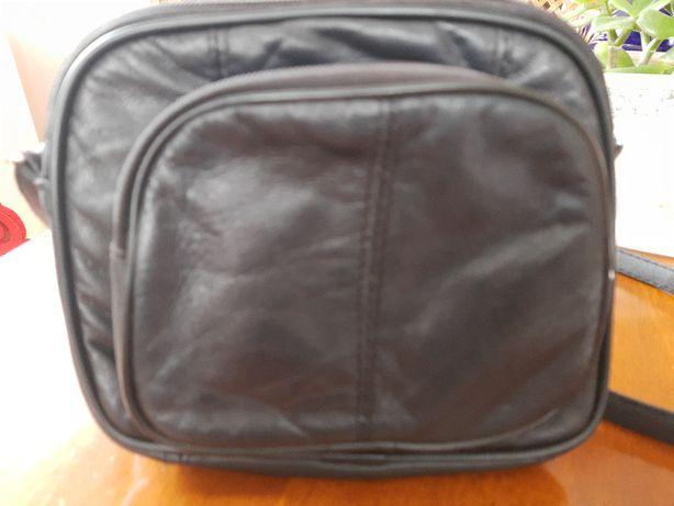 torebka czarna -skóra