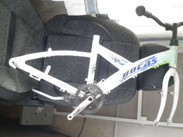 рама с вилкой рулём алюминий на велосипед