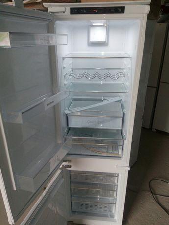 Вбудовуваний холодильник Blomberg