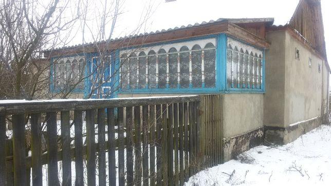 Будинок в селі Більківці