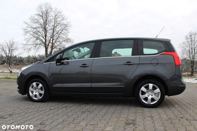 Peugeot 5008 Piękny Peugeot 5008 2,0 HDI 150KM Dach Panorama klimatronik