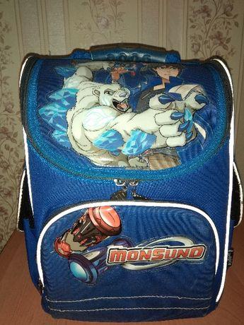 Школьный рюкзак Kite для мальчика Монсуно.