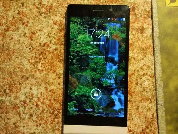 Продам смартфон Highscreen XH1