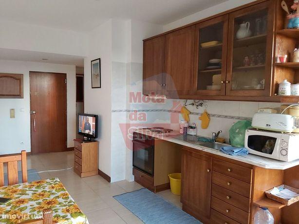 Excelente Apartamento T1 em São João da Caparica