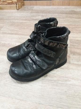 Ортопедическая детская обувь , ортопедические туфли , стельки