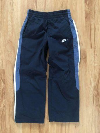 Nike- spodnie sportowe 110 - 116 cm