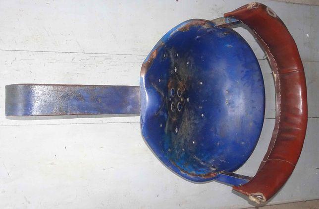 Siedzenie stare oryginał na sprężynie ursus c-330 c-328
