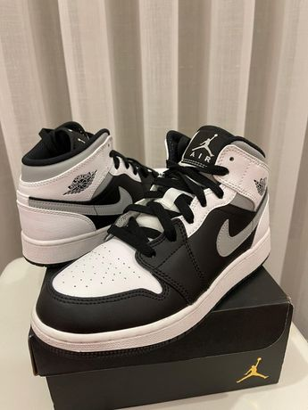 Vendo Sapatilhas Jordan 1 Mid White Shadow