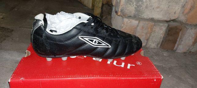 Buty korki nowe