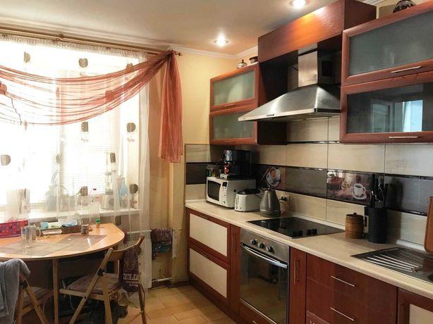 Продам 2-х комнатную квартиру по адресу: ул. Вишняковская 13